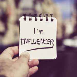 Fake influenceurs - Conversationnel